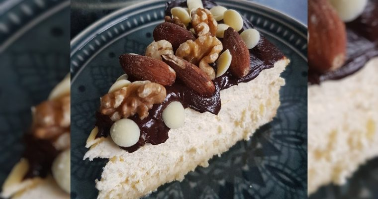 Cheesecake (Naturel) met xucker chocolade en noten