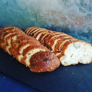 Low Carb Stokbrood met Pompoenpitten en Chiazaad