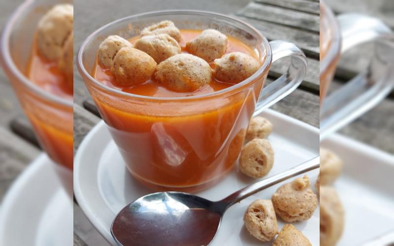 Low Carb Chinese Kippensoep met Croutons